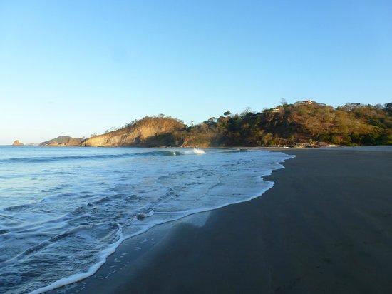 Playa Marsella Beach Front Hotel: looking north