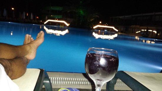 Alba Resort Hotel: Vino at 4am