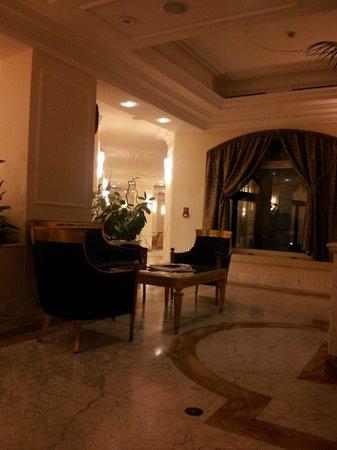 Grand Visconti Palace : lobby
