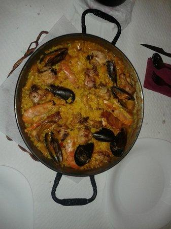 Restaurante Pirineus : Mitica paella