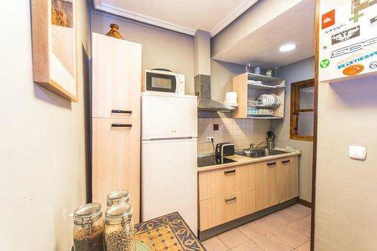 Lolo Urban House: Kitchen in Urban House Boulevard