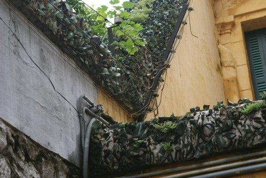Hỏa-Lò-Gefängnis (Hanoi Hilton): стена тюрьмы