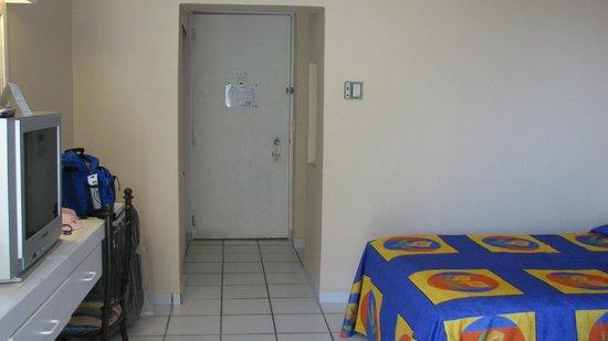 Hotel Fontan Ixtapa : Room