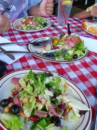 The Hideaway Restaurant: Salad