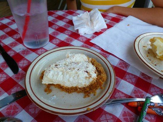 The Hideaway Restaurant: Cheese cake