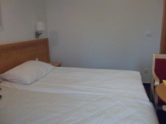 Jezero Hotel: comfy bed