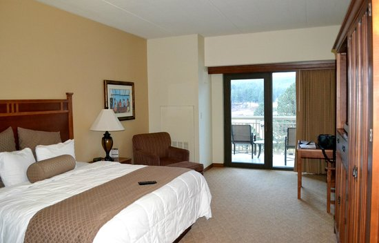 Inn of the Mountain Gods Resort & Casino: King Superior