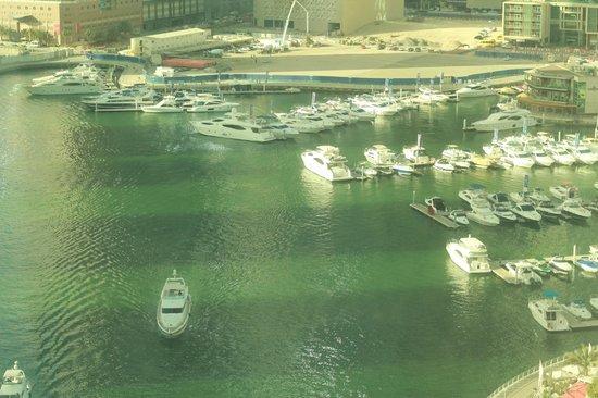 Dubai Marina Apartments: вид из номера