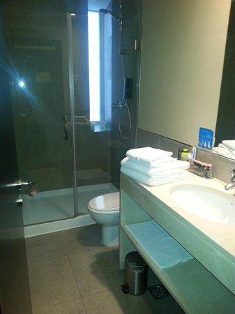 Hotel Expo Astória : Baño