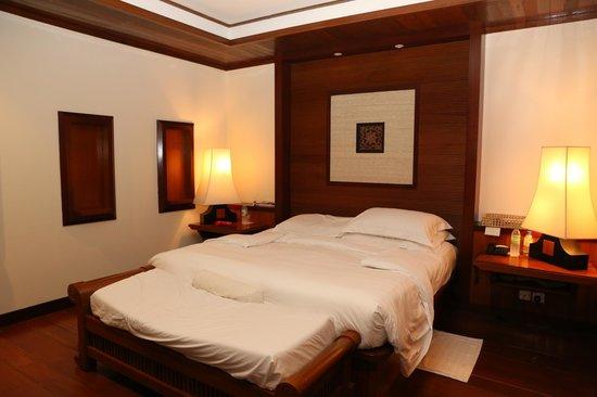 Tanjong Jara Resort: Our Serambi room