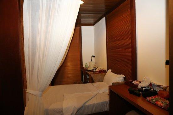 Tanjong Jara Resort : a Princess's bed-))