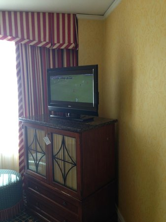 Serrano Hotel: Room 1106