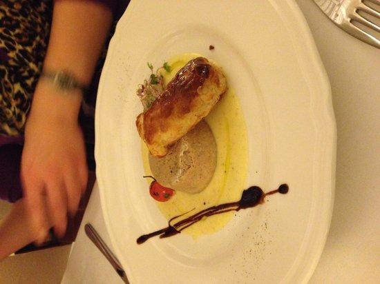 Canuleia : Flan di anatra con caramella di bufala