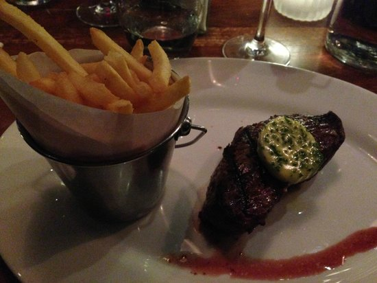 The Butchershop Bar and Grill : Steak and chips