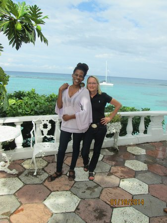 Silver Seas Resort Hotel: Donna and I chillin'