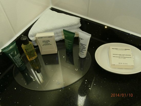 Hilton London Paddington: accessoires disponibles sdb