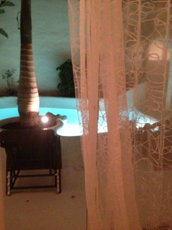Bahiazul Villas & Club : pool at night