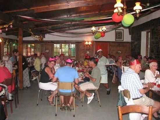 Ashtonvale Guest Farm: Christmas in the diningroom
