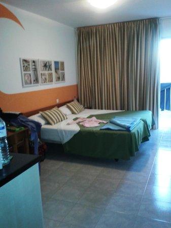 Surfing Colors Apartments : Monolocale-Letto