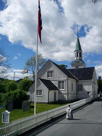 Risor Kirke