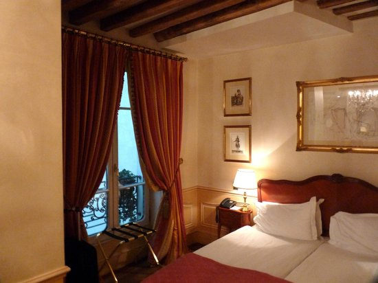 Hotel Luxembourg Parc: Room