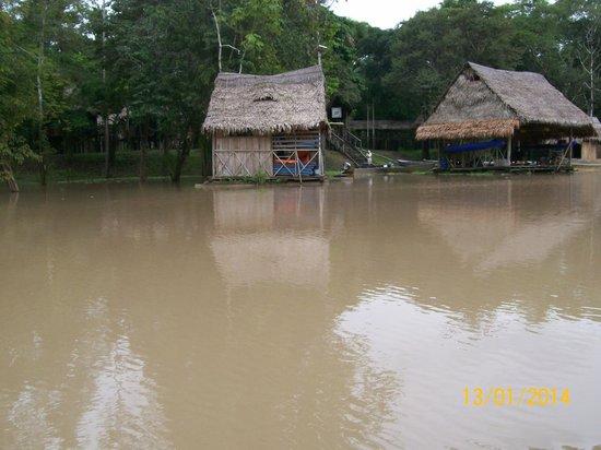 Muyuna Amazon Lodge: Navegando