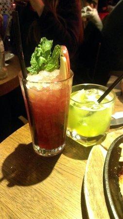 Giraffe - Victoria: Black Raspberry Crush & Melon Margharita