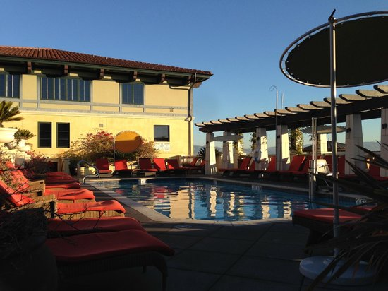 Hotel Valencia - Santana Row: The pool. If it looks great in this pic, that's because it is!