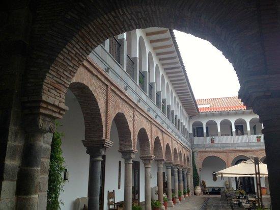 JW Marriott El Convento Cusco: patio