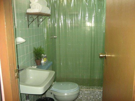 Hostal Marian: baño