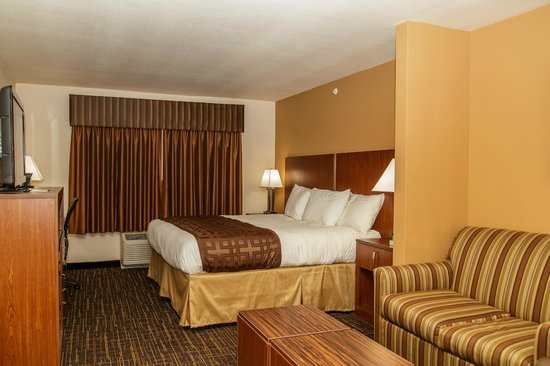 Richland Inn & Suites : NEW King Study