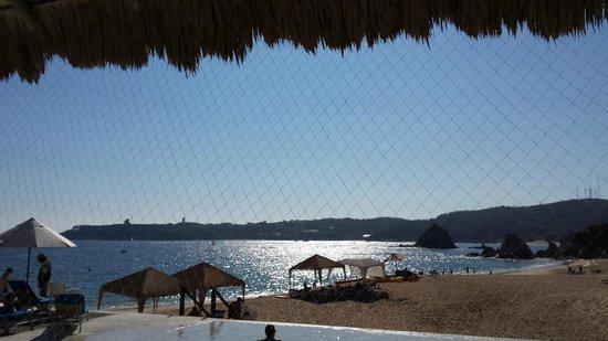 Camino Real Zaashila: view from beach club