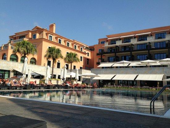 Grande Real Villa Italia Hotel & Spa: бассеин