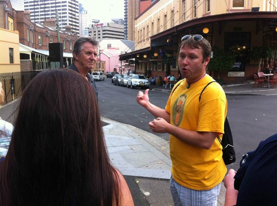 Sydney Pub Tours: learning about the area on the way to the next pub