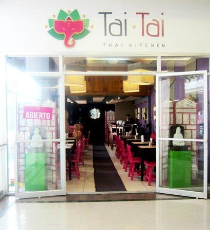 Tai Tai: entrance