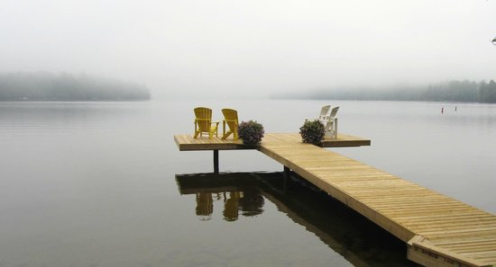 Swallowdale Inn B & B: early morning mist