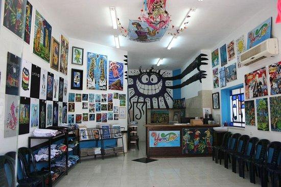 Yom Tov Art Gallery