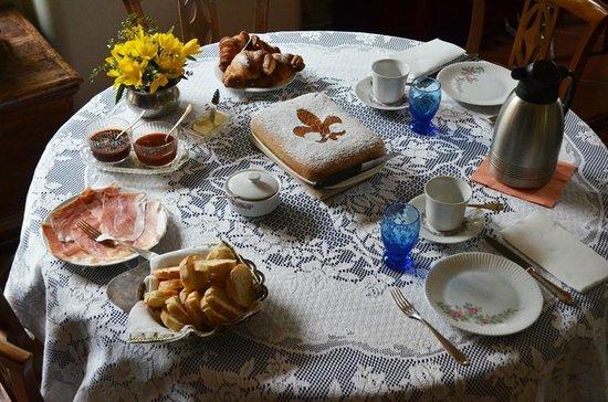 IL Torrino Bed and Breakfast : Colazione