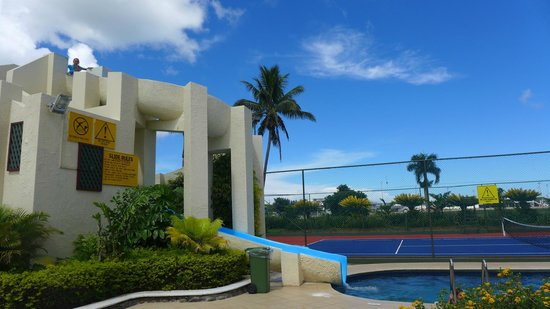 Fiji Gateway Hotel: The Waterslide