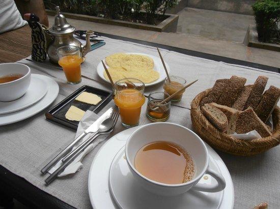 Zaouia 44: petit déjeuner copieux