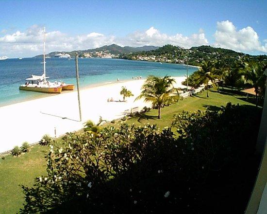 Radisson Grenada Beach Resort: looking toward St George