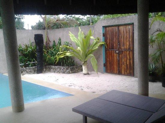 Surfside Vanuatu : the enterence gate