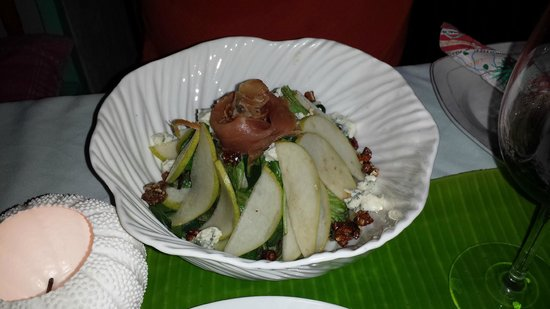 Cafe Juanita: One of the many delicious salad choices