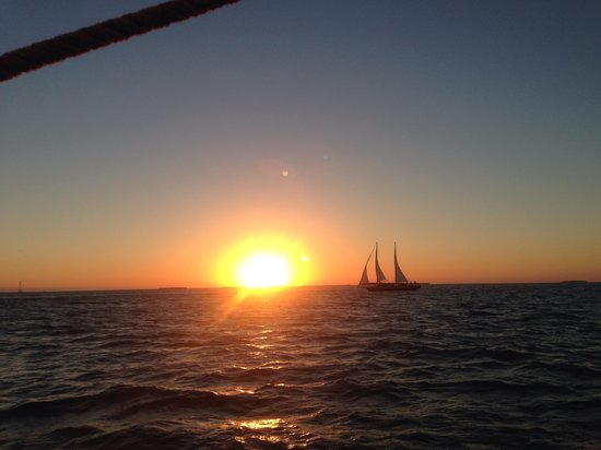 Sebago Key West: Sunset Cruise in Appledore V, Key West, FL