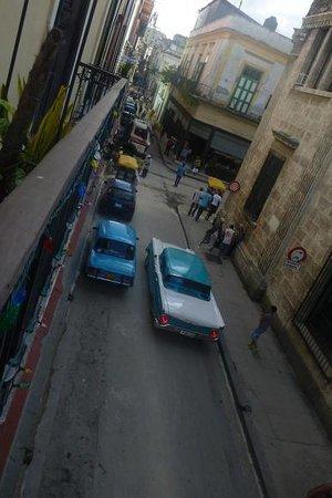 Casas Havana: Street life!