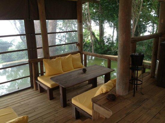Soneva Kiri: Villa outdoor dining area