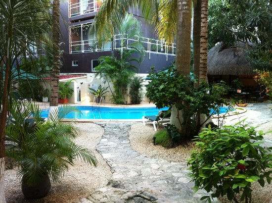 Hacienda Paradise Boutique Hotel by Xperience Hotels: Courtyard