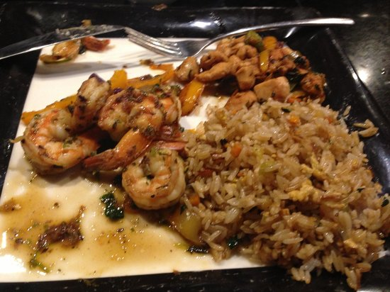 Sanctuary Cap Cana by AlSol: Shrimp and Chicken @The Wok