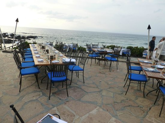 Kamuela Provision Company : restaurant and view