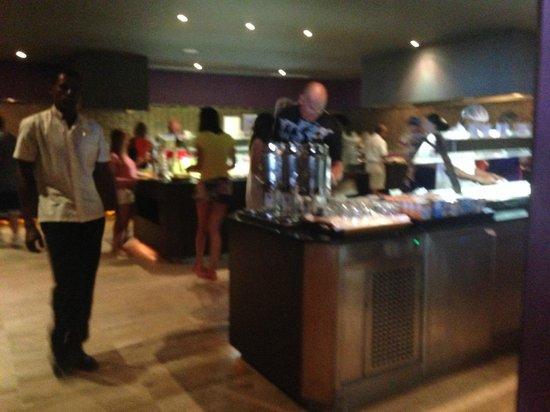 Paradisus Punta Cana Resort: Buffet size